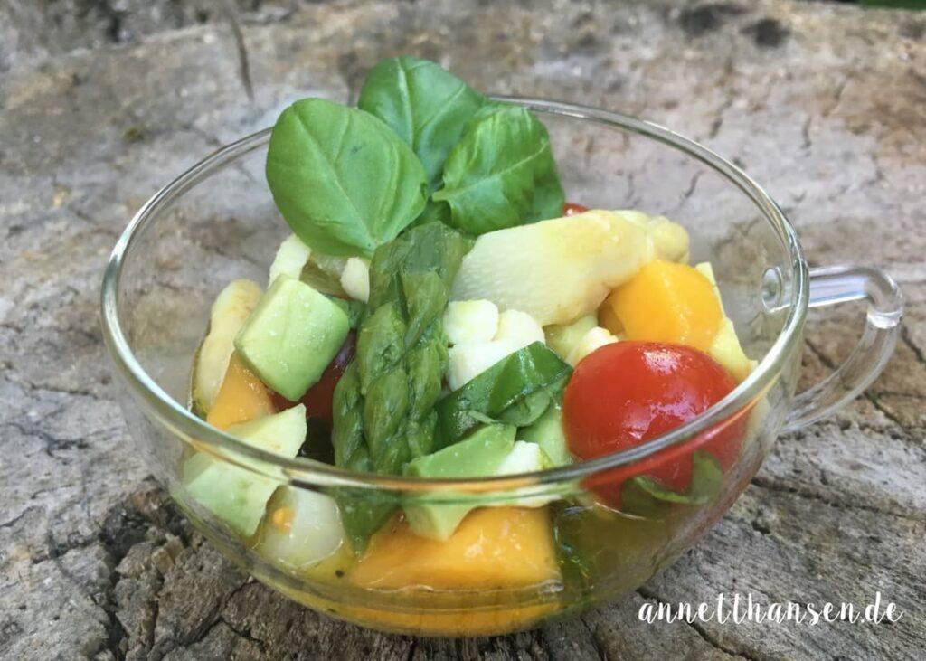 Spargel-Avocado-Mangosalat