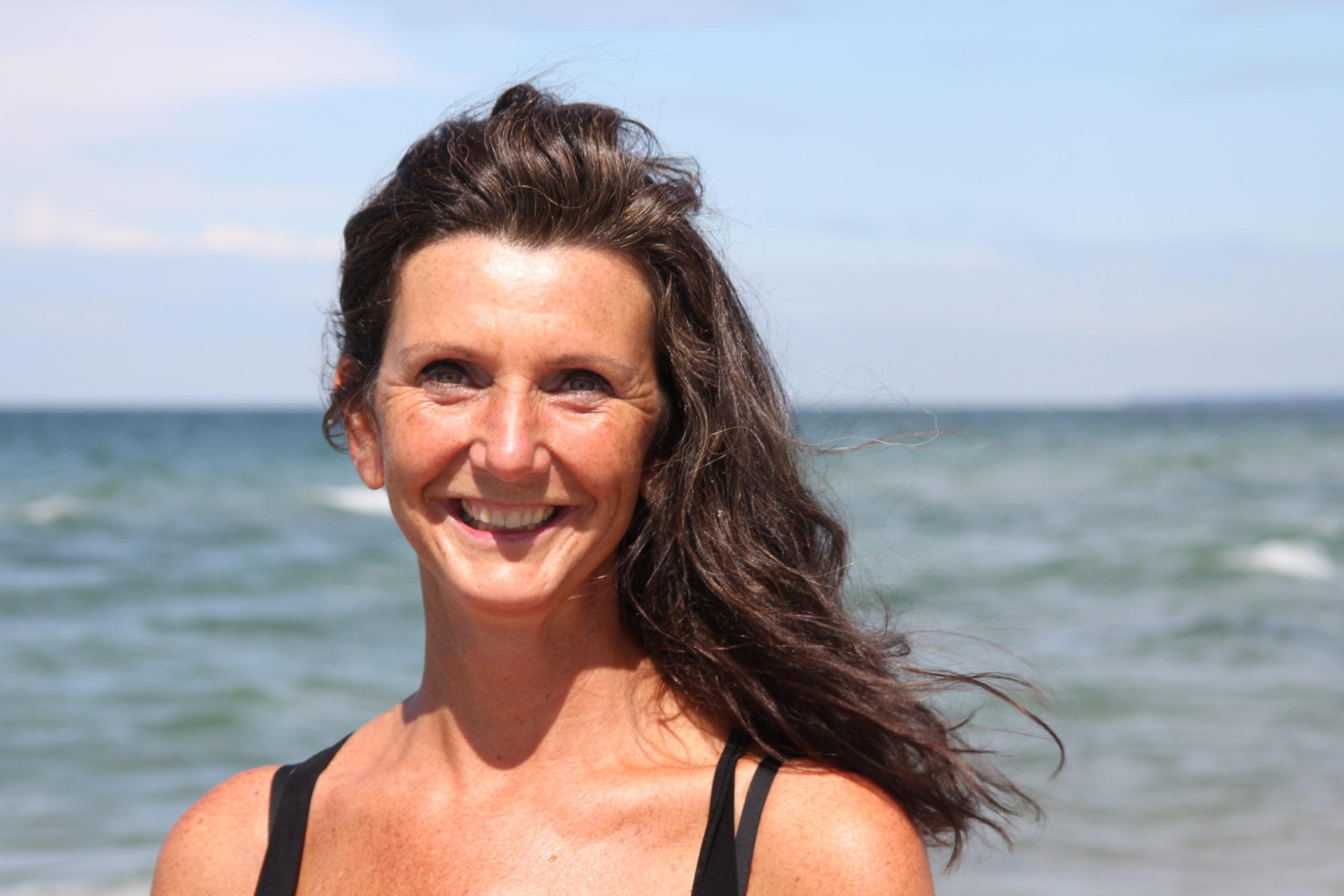 Annett Hansen an der Ostsee