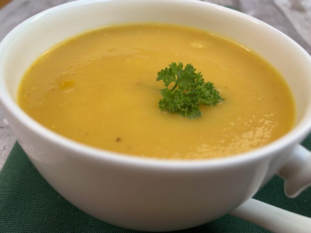 Pastinaken Karottensuppe